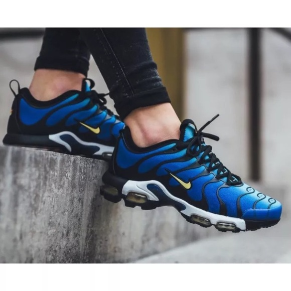 promo code 3a948 63992 Womens Nike Air Max Plus TN Ultra Sneakers